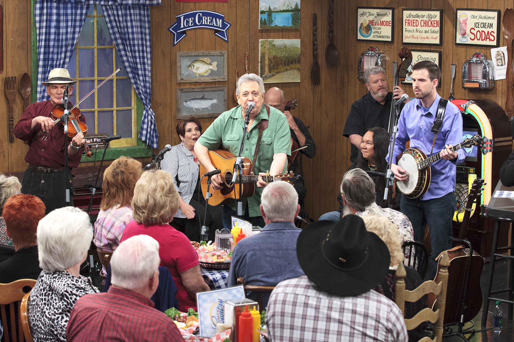 """""""LARRY'S COUNTRY DINER"""" TO FEATURE GUEST STARS DARRELL ..."""