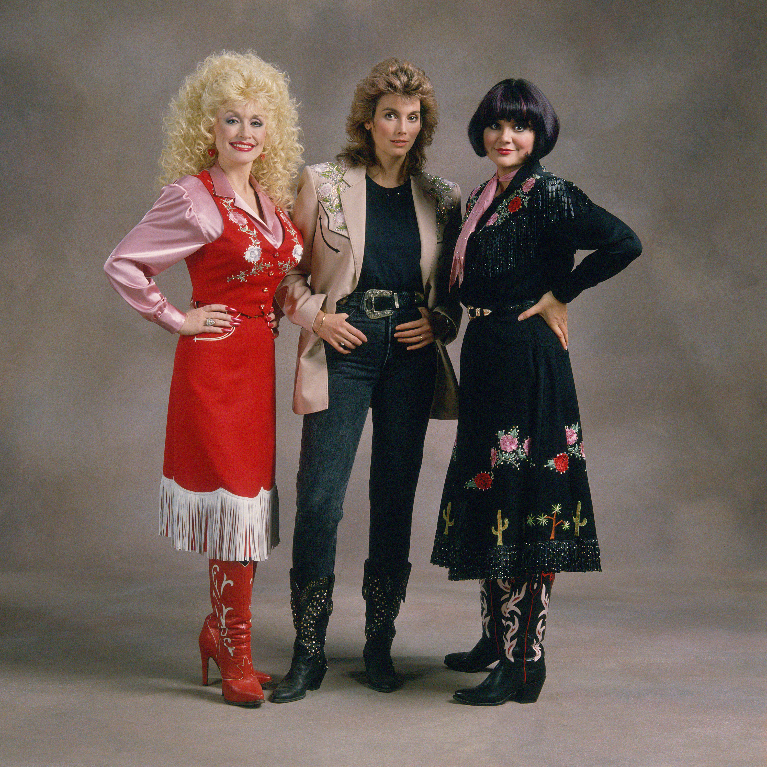 The Complete Trio Collection Deluxe Dolly Parton Linda Ronstadt Emmylou Harris: TRIO: THE COMPLETE COLLECTION AVAILABLE NOW!