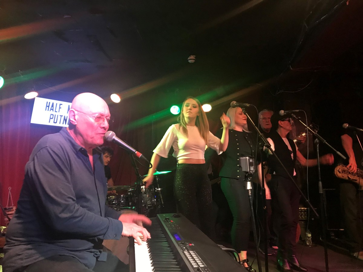 "UK Soul Pioneers ""Kokomo"" -- Live at the Half Moon, Putney *****"